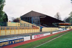 The old Manor Ground in Headington, site of some great Cup and league victories during the great days. British Football, European Football, Oxford United, Football Pictures, Football Stadiums, Best Memories, Baseball Field, Great Britain, Past