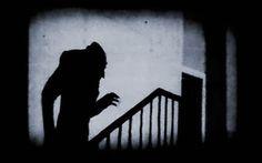 "Post ""VISIONANDO: NOSFERATU EL VAMPIRO"". http://www.dynamicculture.es/visionando-nosferatu-el-vampiro/ #Nosferatu"