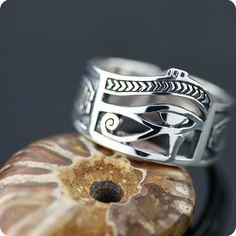 Egyptian Silver Eye of Horus UDJAT Ring