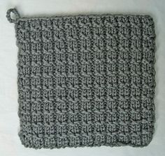 A blog about knitting, crafts and arts. Based in Deventer, the Netherlands.