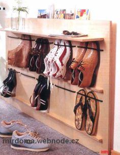 Мебель своими руками : идея для маленькой прихожей. :: Мир дома.