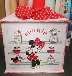 #vaptisi #κουτίβάπτισης #βάπτιση #decor #minnie #disney #handmade Toy Chest, Storage Chest, Cabinet, Toys, Disney, Furniture, Home Decor, Clothes Stand, Activity Toys