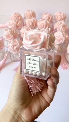 Wedding Gifts For Guests, Wedding Gifts For Couples, Wedding Favor Boxes, Personalized Wedding Gifts, Sweet 16 Decorations, Diy Wedding Decorations, Diy Birthday Gifts For Friends, Quinceanera Decorations, Quinceanera Favors