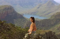 #blyde #blyderiver #blyderivercanyon #canyon #view #lake #soutafrica #stewardess #cabincrew #cabinattendant #flighattendant Travel: South Africa day 3 / Panorama route | The Fashion Moodboard - fashion, thrifting and traveling by flight attendant Shalane