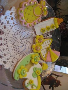 biscotti decorati per battesimo verde e giallo. Omar Busi