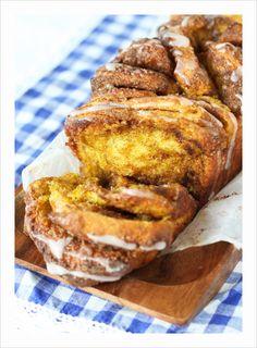 Pumpkin cinnamon loaf ( Rebitav kõrvitsa kaneelisai) Tasty Bread Recipe, Bread Recipes, Keto Recipes, Estonian Food, Cinnamon Loaf, Dinner Rolls, How To Make Bread, Sweet Bread, French Toast