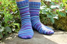 """A basic sock pattern that comes with a step-by-step photo tutorial to ensure that you succeed - from choosing needles and yarns to seam free toes! If you've always wanted to knit socks but didn't know where to start, this pattern is for you. Easily altered to fit any size of foot - once you understand the basics of sock knitting the world is your oyster!"""