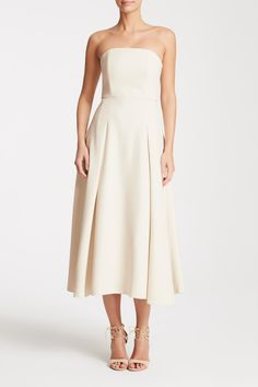 Sophia is an elegant silhouette with serious twirl factor. Crafted in our flowy, heavy-weight crepe with a fitted, shaped top and a full skirt. Champagne Bridesmaid Dresses, Affordable Bridesmaid Dresses, Wedding Bridesmaids, Strapless Dress Formal, Formal Dresses, Wedding Bells, Frocks, Elegant, Stylish