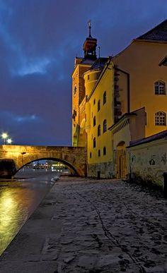 Stadtportal - Regensburg, Bavaria, Germany   by Harald Nachtmann http://www.harald-nachtmann.de