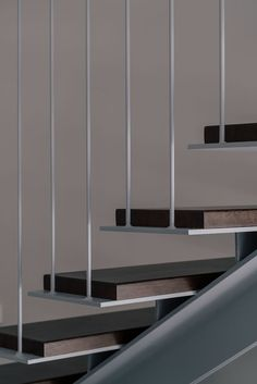 Gallery of / Zooco Estudio 13 Stairs Design Estudio Gallery Zooco Steel Stairs Design, Stair Railing Design, Metal Stairs, Modern Stairs, Staircase Handrail, Stair Detail, Stairs Architecture, Floating Stairs, Interior Stairs