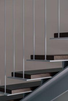 Gallery of / Zooco Estudio 13 Stairs Design Estudio Gallery Zooco Steel Stairs Design, Metal Stairs, Modern Stairs, Railing Design, Staircase Design, Staircase Handrail, Stair Railing, Arch Interior, Interior Stairs