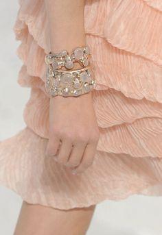 wink-smile-pout:  Chanel Spring 2012Details