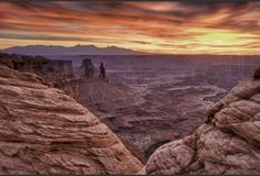 Sunrise Canyonlands NP