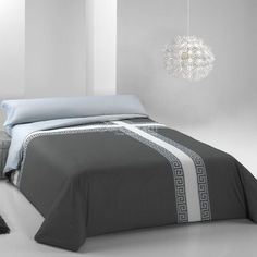 Funda Nórdica CRUZADO Pierre Cardin Linen Bedding, Duvet, Ideas Hogar, Contemporary Quilts, Gray Bedroom, Pierre Cardin, Bed Covers, Bed Spreads, Luxury Bedding