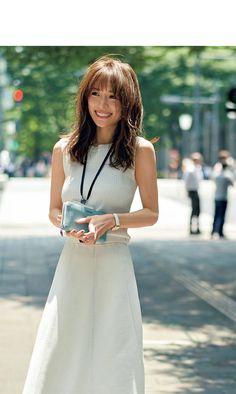 Really great woman clothing ideas . Fashion Models, Girl Fashion, Fashion Outfits, Womens Fashion, Fashion Books, Ladies Fashion, Fashion Trends, Japanese Beauty, Asian Beauty