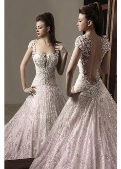 Noiva Importada   Vestido de Noiva Barato   Venda Online - Importado da China ou Europa VN327 - Desejado Internacional - Vestido em Renda, Tule e Bordados - Costas Transparentes