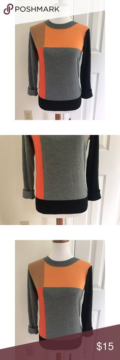 HOST PICK 11/09!!! 💜 Forever21 colorblock sweater - Size small. Super cute and comfy, also super on trend for the fall/winter seasons.  - I don't trade or sell outside of posh. - I ship every single day!  - All items come from a smoke free home!  - If you have anymore questions just let me know and I would be happy to help! 🙂 Forever 21 Sweaters Crew & Scoop Necks