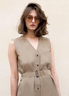 #newarrivals #brown #clear #sunglasses #accessories #thefrankieshop #frankienyc #frankiegirl Clear Brown Sunglasses w/Gold Earpiece Detail