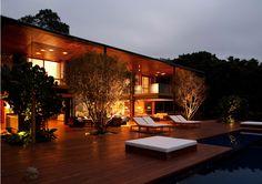 Bernardes & Jacobsen Arquitetura - Arqpad - Residência FW - Guarujá, SP - Foto: Leonardo Finotti