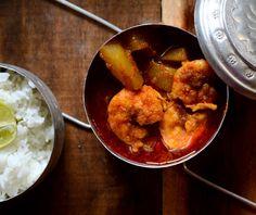 Pepe Chingri Recipe (Green Papaya Prawn Curry)