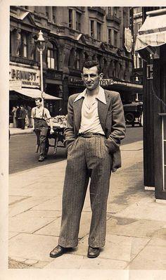 fashion by libertygrace 1950s Fashion, Vintage Fashion, Mens Fashion, Fashion Models, Rockabilly, Guys And Dolls, 1950s Style, Fashion History, Timeless Fashion