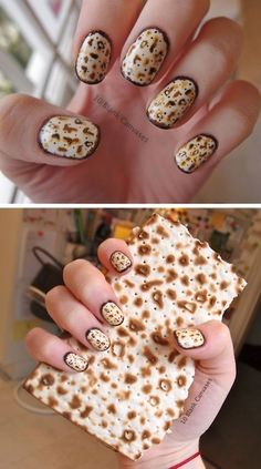 Matzoh Manicure among 17 Matzoh-Inspired Crafts You Can Own - The perfect nails for the Jewish holiday of Passover! #IHeartMyNailArt