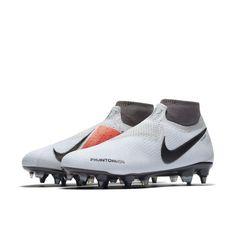 1012acfe9ce Nike Phantom Vision Elite Dynamic Fit Anti-Clog SG-PRO Football Boot -  Silver