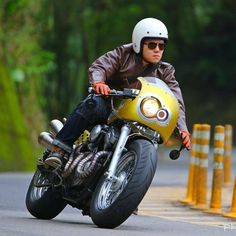 Harley-Davidson Cafe Racer - Roy Cheng (@roy1916) #motorcycles #caferacer #motos | caferacerpasion.com