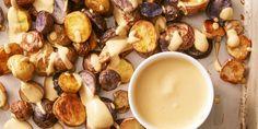 Crispy Potatoes with Vegan Nacho Saucegoodhousemag