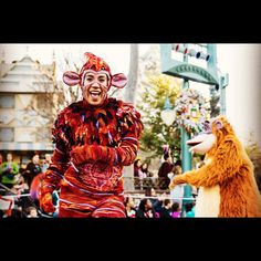 #soundsationalparade #soundsational #junglebook #mogli #monkey #castmember #disneycastmember #performer #disney #disneyland #parade #dca #baloo #mouseforlife #m4l #disneyside #disneydancer #disneyphotography #photographer #canon #canon6d #canon7dmarkii #lightroom6 #adobe #tamron @disneyland Mickeys Soundsational Parade by olafs_captures