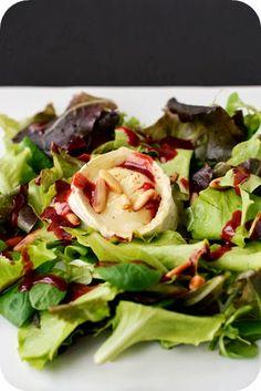 Frl. Moonstruck kocht!: Gratinierter Ziegenkäse auf Salat mit Himbeerdressing