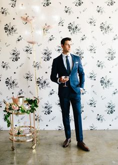 Floral wedding party style with The Black Tux Layer Cake) Black Tux Wedding, 100 Layer Cake, Groom And Groomsmen, Party Fashion, Floral Wedding, Suits, Formal, Model, Costumes