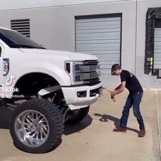 Lifted Ford Truck Fits This Trend Best Luxury Cars, Ford Raptor, Lifted Ford, Monster Trucks, Fitness, Ford Rapter
