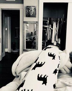 Waking up in my space. #lighter #fresh #newday #citylove #downtownliving #littlerock #beautifulday #vibratehigher #wildchildlifestyle #wildlove #wilddeepsleep