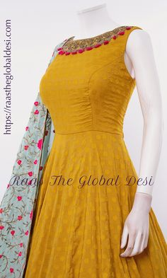 Indian Gowns Dresses, Indian Fashion Dresses, Dress Indian Style, Indian Designer Outfits, Indian Outfits, Designer Anarkali Dresses, Designer Party Wear Dresses, Kurti Designs Party Wear, Pattu Saree Blouse Designs