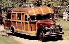 'A fascinating 1946 Chevrolet motor home featured in the September 1989 issue of Motorhome Magazine. This vehicle was owner-built from a new chassis over a period of several years soon after WW1. It attracted so much attention on the road that vacation travel was hampered by all of the people gawking and asking questions.'