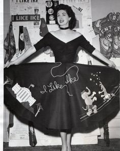Maggi McNellis wearing an I like Ike circle skirt novelty print snapshot hound photo model felt white house Vintage Gowns, Vintage Skirt, Vintage Outfits, Vintage Clothing, 1950s Fashion Women, Retro Fashion, Womens Fashion, Ladies Fashion, Fashion Fabric