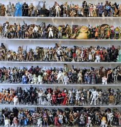 Here's Your Chance To Buy 1,950 Star Wars Action Figures Wooooah how COOL would it be to have all those?!?!