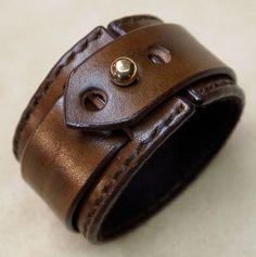 Manchette en cuir marron Bracelet cousu main daim doublé