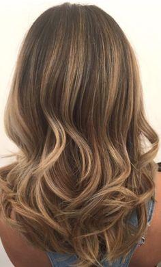 Simple bronde curls. Hair by SALON by milk + honey stylist, Jen. #blonde #brunette #haircolor #bronde #goldenhair #curls #haircolor #balayage #highlights