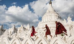 esthet:  Young Buddhist novices run on Hsinbyume Pagoda after the tourists have left, Min Kun, Myanmar.Photograph: Sergio Carbajo Rodriguez/Smithsonian.com