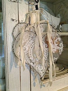 An elegant and intricate heart shaped craft. Put on your best crochet skills and try to form a wonderful looking design within the white frames while using your favorite colors.