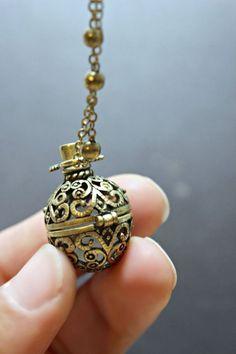 Rose Quartz Necklace, Wish Box Necklace, Attract Love Antique Bronze Orb Necklace, Ball Locket, Bali Moonstone Necklace, Quartz Necklace, Necklace Box, Moon Necklace, Bali Jewelry, Bridal Jewelry, Harry Potter Accesorios, Bronze, Necklaces