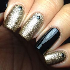 Find your sparkle tonight with Chorubim and this glittery studded gold sand mani.