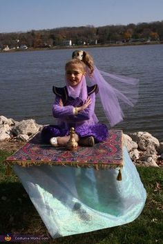 50 Coolest DIY Illusion Halloween Costumes