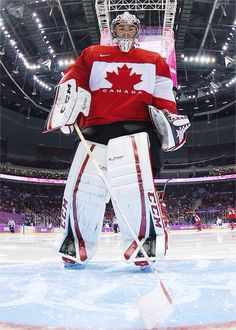 Watch Team Canada in Canada, where I can enjoy the beautiful fights along side people who live eat and breathe hockey. Goalie Pads, Goalie Gear, Hockey Goalie, Hockey Teams, Ice Hockey, Montreal Canadiens, Patrick Roy, Olympic Hockey, Olympic Games