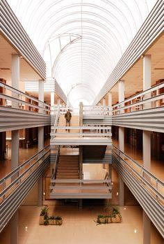 Edificio betancourt escuela de ingenieros zaragoza vah estudio de fotograf a fotograf a - Estudio arquitectura zaragoza ...