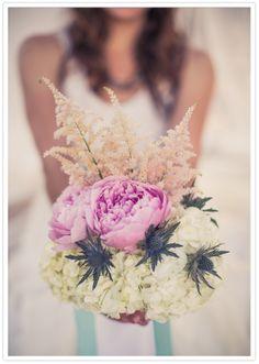 white and lilac bouquet | Malibu bridal session- 100 layer cake