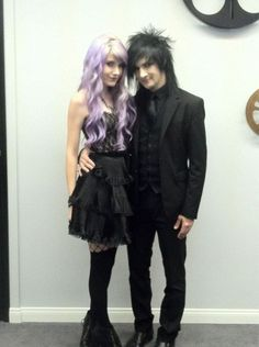 Jinxx and sammi
