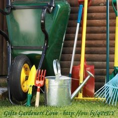 Gifts gardeners love